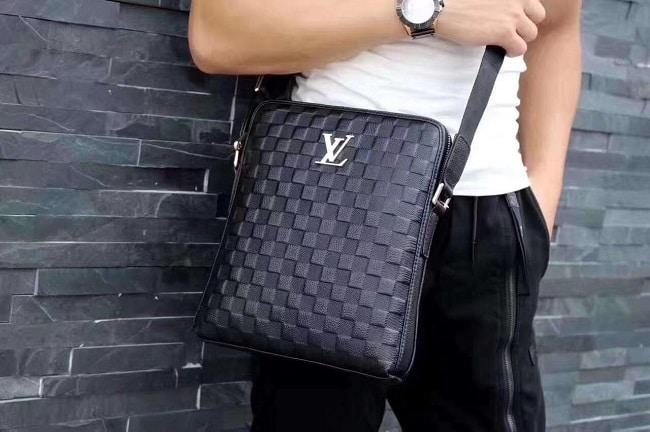 Túi đeo chéo LV nam Hà Nội